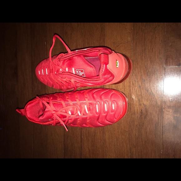 Nike Shoes   Triple Red Nike Vapor